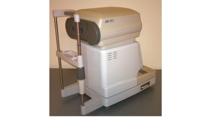 Autorefraktometr HOYA AR-580 full