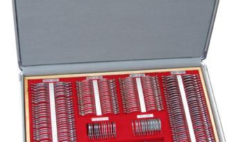 KASETA OKULISTYCZNA 230 soczewek metal chrom, walizka metal full